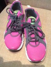 Nike SZ 6.5 Training In Season TR2 WOMENS DARK PINK  Gray Shoes 525737-603