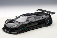 71301 AUTOart 1:18 Gumpert Apollo S Black