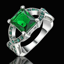 Size 8 3.5 Carat Princess Cut Emerald 10KT Wedding Engagement Cluster Ring Party