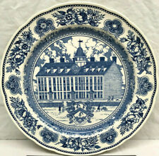 "Wedgwood Yale University / College 1718 - 10.5"" Dinner Plate Blue White - 1949"