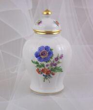 Meissen Deckelvase Vase Bunte Blumen 14 cm mit Goldrand