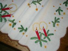 Alte Weihnachtsdecke Mitteldecke  76 cm / 72 cm Handarbeit  Shabby Chic Vintage