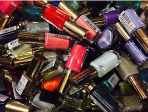 LOREAL COLOR RICHE NAIL POLISH WHOLESALE (JOBLOT PACK OF 24 ASSORTED COLOURS)