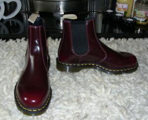 DR MARTENS boots 2976 VEGAN CHELSEA sz 9.5 - NEW WITHOUT BOX