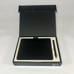 Wacom Intuos Small Black Pen and Touch Tablet CTH-490