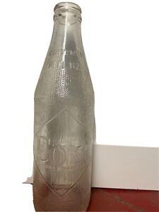 1967 Coca Cola bottle  10 fl oz clear with diamond front