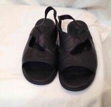 Cute HUSH PUPPIES Black Sandals Lifestyle Leather Shoe Ladies Size 10M