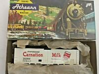 HO scale Athearn Carnation Refrigerator Car  vintage  Rare  CM 25003