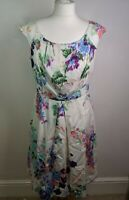 Pepperberry silk shift dress size 10SC super curvy Ivory with floral pattern