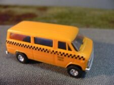 1/87 Trident Chevrolet Taxi Yellow Cab 90146