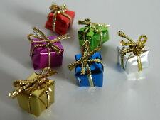 (X.15) DOLLS HOUSE SET OF SIX MINI CHRISTMAS PARCELS