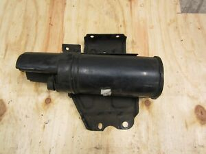 1999 - 2003 Ford F250 F350 5.4, 6.8 Fuel Vapor Charcoal / Carbon Canister