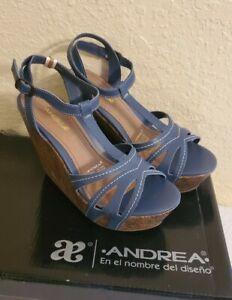 Women's brand Andrea, Size 7.5, Platform Dress Sandals Shoes.