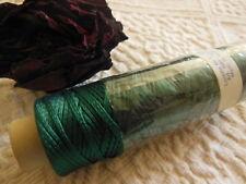 "ancienne grande bobine fil ""soie artificielle"" rayonne broderie vert sapin T3"