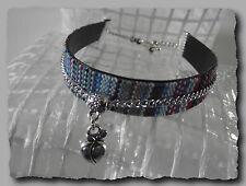 Bracelet manchette tissage fil breloque pomme 21 cm fermé bleu turquoise ethniqu