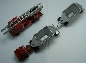 MATCHBOX KINGSIZE MERRYWEATHER FIRE ENGINE, N0. 15, FRUEHAUF TRAILER, N0. M4.