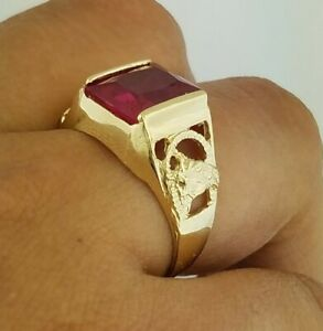 10k Yellow Gold Mens Horse Head Red Ruby Ring Square 5.1 grams sizes 9-13