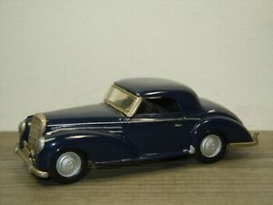 Mercedes 300S Convertible (Closed Roof) - Western Models 1:43 *51631