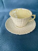 BELLEEK NEPTUNE YELLOW TEACUP & SAUCER RETIRED SET IRELAND GREEN MARK EXCELLENT
