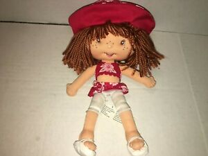 "Bandai 2004 10"" Plush STRAWBERRY SHORTCAKE DOLL in Red Tropical Outfit with hat"