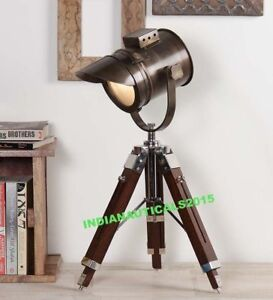 Vintage Industrial Designer Nautical Spotlight Tripod Table Lamp Decor