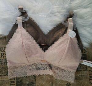 Danskin Intimates ~ Lounge ~ Lace Bra's, Removable Pads Sexy Back Women's Size M