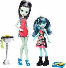 Monster High Monster Family FRANKIE STEIN & ALIVIA STEIN BARBECUE PLAYSET NEW