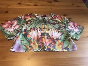 Escapology Size 8 Bright Tropical Print Cropped T Shirt Top Stretch