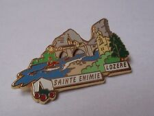 Pin's Sainte Enimie Lozère plus beaux villages de France PBVF LB Création