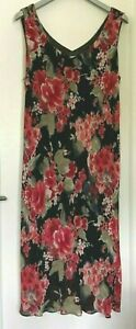 Ladies Patterned V Neck Sleeveless Dress - Ann Harvey - Size 20