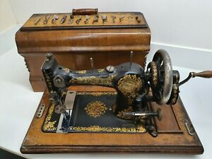 Vintage Jones Family C.S 61793 Hand Crank Sewing Machine Wooden Carry Case and K