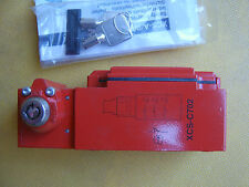 Telemecanique Safety-Rated Interlock Switch, XCS C702  Key operated turret head