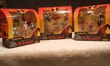 2003 Disney Pixar THE INCREDIBLES INCREDIBLE BATTLE, FAMILY & HERO'S figure sets