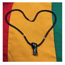 Power Fist Afrique Bois Noir Collier Africa Roots Revolution Paix
