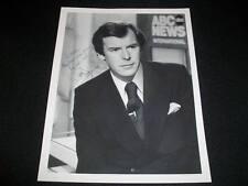 ABC News Disney Legend Peter Jennings (d.05) Auto Signed Vintage 8x10 Photo C