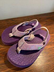 Sanuk Girls Sandals Flip Flops Strap Glitter Purple 7-8