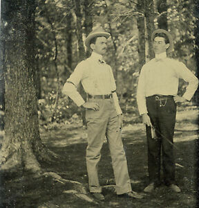 VICTORIAN AMERICAN OUTDOORS ARTISTIC YOUNG MEN GENTS DAPPER GQ TINTYPE PHOTO