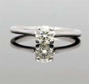 18CT WHITE GOLD DIAMOND SOLITAIRE RING .50CTS