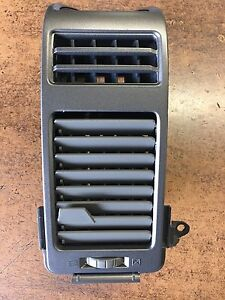 NEW OEM NISSAN 2004-2006 TITAN/ARMADA PASSENGER SIDE AC VENT ASSEMBLY - GRILLE
