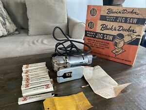 VINTAGE BLACK AND DECKER B&D NO. 11 JIG SAW WOODWORKING TOOL With Extras!