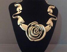 OSCAR DE LA RENTA Signed Rose Necklace.