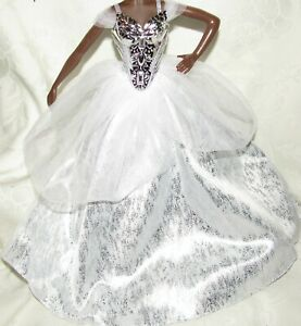 BARBIE GOWN - HOLIDAY 2021 SILVER WHITE TULLE DRESS & CORSET FOR MODEL MUSE DOLL