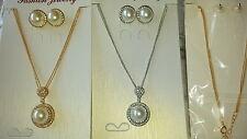 Joblot 12 PZ Faux Pearl & Diamante Set Ciondolo E Orecchini Nuovo all' ingrosso Lotto 3