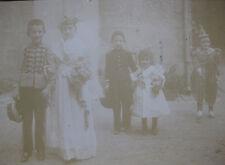 Photographie ancienne cabinet enfants costumés clown mariée déguisement carnaval