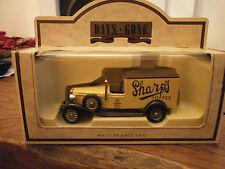 Lledo 1933 Packard PROMOZIONALE Town Furgone con Sharps Toffee Decalcomanie
