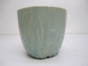 Vtg c1940s McCoy Pottery Jardiniere Lotus Flower Pot Planter Matte Green Blue