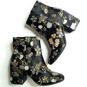 CARLOS By Carlos Santana - Womens 5.5M Gatlin Floral Embroidered Ankle Boots