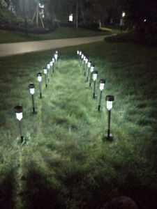 5pcs 5W High Brightness Solar Power LED Lawn Lamps with Lampshades White silver