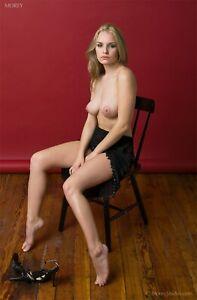 Liz Ashley 5180 Fine Art Nude Portrait 8.5x11 Photo Hand-Signed by Craig Morey