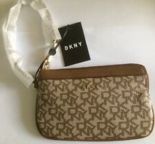 DKNY LADIES WRISTLET WALLET/PURSE  BROWN- R84L7800 BNWT